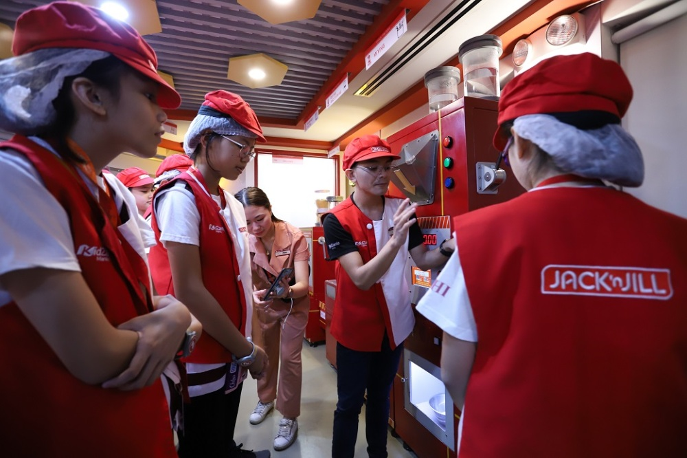 KidZania Manila launches newly-improved Jack n Jill snack factory (7)